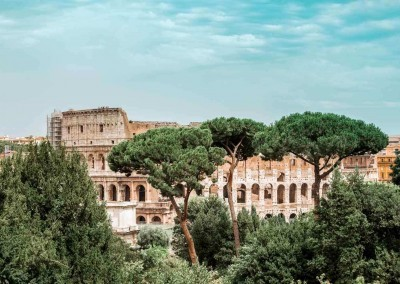 Roman-Coloseum-from-Palatine-Hill